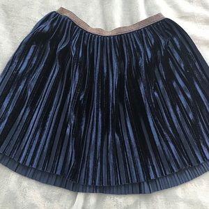 Old Navy velvet pleated skirt girls size L